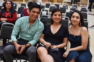 28022020 Pablo, Paola y Aitana.