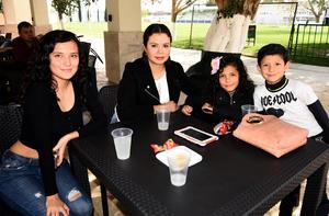 28022020 Perla, Marijose, César y Frida.