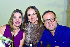 Luisa,Lucia y Marcelo.