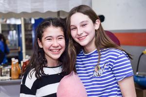 Maria y Sofia.