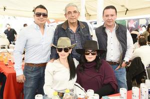 Marco Casas, Gualberto Casas, Blanca Faccuseh, Karina Torres y Marco Torres