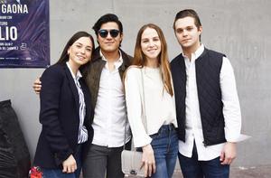 Valeria, Diego, Manuela y Ricardo