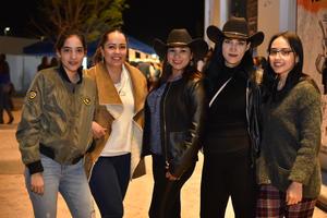 03032020 Kiara, Conchis, Malú, Judith y Kasandra.