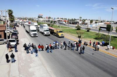 Bloquearon un tramo del bulevar Ejército Mexicano de Gómez Palacio.