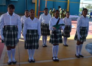 04032020 INCINERACIÓN DE LAS BANDERAS.  Primaria Rafael Ramírez de San Juan de Guadalupe, Dgo.
