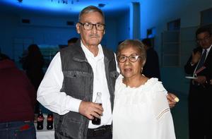 04032020 Coco Escalante y Sonia Maeda.