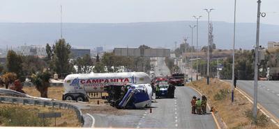 La unidad perteneciente a la empresa 'Gas Campanita', remolcaba dos cilindros con combustible.