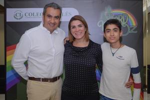 05032020 Alejandra, Anahí y Víctor.
