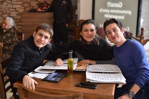 05032020 Vanessa, Regina, Dylan y Gilmar.