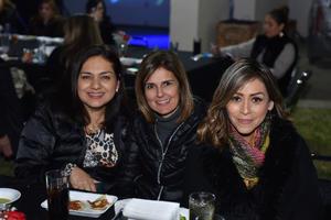 06032020 Nadia, Martha y Yarely.