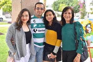 09032020 Mayra, Juan Manuel, Marcela y Maribel.