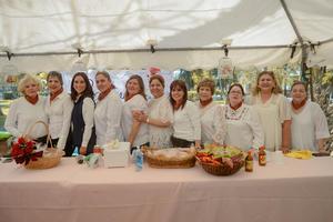 05032020 EN EL BOSQUE VENUSTIANO CARRANZA.  Damas de diferentes clubes de jardinería participaron en el Festival de la Rosa.