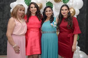 05032020 FELICITAN A LA FUTURA MAMá.  Ana María, Martha, Ana Laura y Lupita.