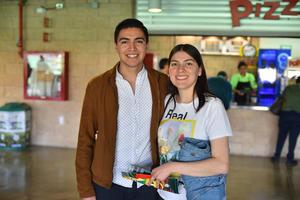 06032020 EN EL TSM.  Héctor y Ariana.