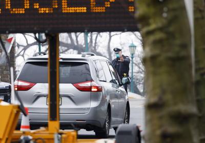 Los ciudadanos pueden realizarse el test sin bajarse de su auto.
