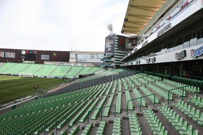 SANTOS LAG VS NECAXA A PUERTA CERRADA JORNADA 10    Partido entre Santos y NECAXA de la jornada 10 se jugará a las 18:00  horas, aspectos del Estadio Corona