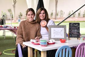 13032020 Larissa Saldaña y Lorena Dávila.