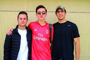 15032020 ENTRE AMIGOS.  Ricardo, Paco y Daniel.