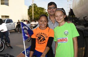 16032020 Óscar, María Nicole y Frida Sofía.