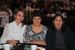 13032020 BINGO CON CAUSA.  Alejandra Romero, Bertha Rodríguez y Consuelo Rodríguez.