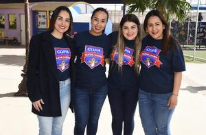 12032020 Marcela Castruita, Laura Delgado, Dany Salinas y Judith Salinas.