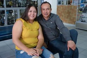 14032020 Mauricio y Karla.