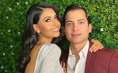 La conductora Kristal Silva anunció en redes sociales que pospuso su boda debido a la situación que se vive en el mundo.