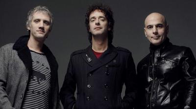 Soda Stereo anunció el viernes la postergación de los próximos conciertos de su gira