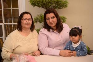 18032020 Mayela, Gloria y Lucía.