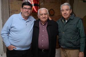 20032020 ASISTEN A FESTEJO DE CUMPLEAñOS.  Chuy, Jorge y Arturo.