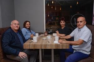 20032020 Esteban, Eva, Lourdes y Gamaliel.