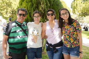 21032020 Raúl, Valeria, Adriana y Victoria.