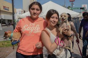 24032020 Chiquita, Renata, Karla y Whisky.