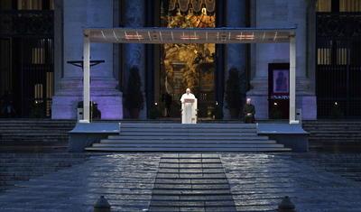 El Papa Francisco dio una histórica bendición.