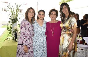 25032020 Sofía Arce en compañía de las anfitrionas de su despedida de soltera, Adriana Ramírez de Arce, Cristina Fernández de Gutiérrez y Cristina Sirgo de Fernández.