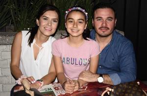 27032020 Jorge, Isabella y Sara.
