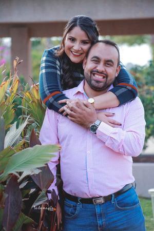 29032020 Karla Díaz y Alejandro Chávez se casan el 23 de mayo del presente año.