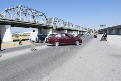 Fue desde la mañana de este mismo día que los elementos de la Policía Civil de Coahuila, de la Fiscalía General del Estado, endurecieron las medidas de prevención de contagio viral.