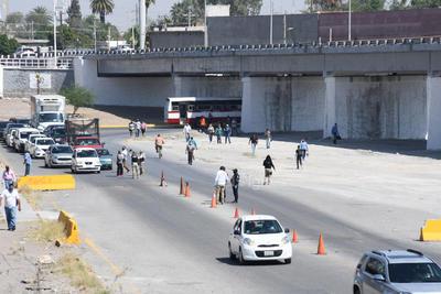 Para tener mayor control en el tránsito de los vehículos que ingresan a Gómez Palacio provenientes de Coahuila y de otras entidades del país, a partir de ayer solo se permitirán tres accesos al municipio.