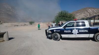 Al momento las autoridades desconocen cómo iniciaron las llamas y no han reportado personas lesionadas o intoxicadas por el siniestro.