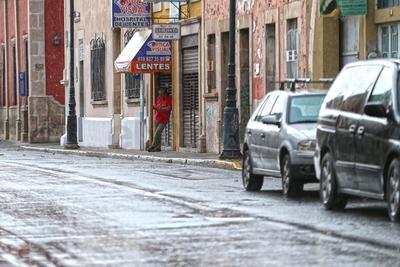 Lluvia acompañada con granizo sorprende a duranguenses