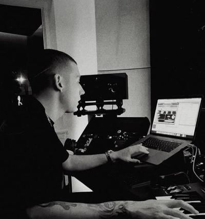 Sky, elegido como dinámico productor.