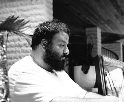 DJ Khaled, quien logró su primer premio latino por producir el éxito mundial Dinero con Jennifer Lopez y Cardi B.