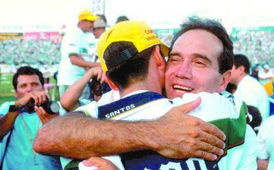 Bajo las órdenes de Fernando Quirarte, los Guerreros se quedaron cerca del título al caer ante Toluca en la final del Verano 2000, y luego en semifinales ante Morelia en el siguiente torneo, pero la revancha apareció para los Albiverdes en el torneo Verano 2001.