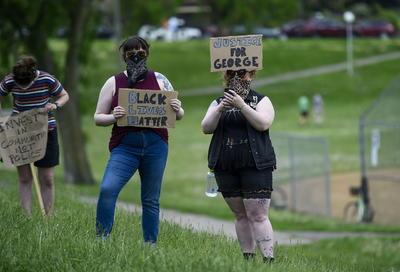 Protestas en Minessota exigen justicia por el asesinato de George Floyd