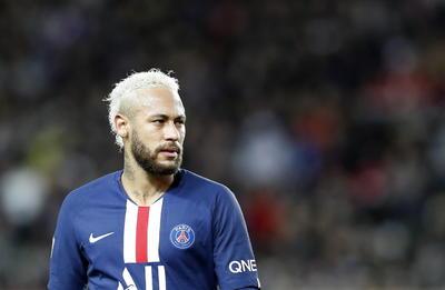 Neymar es el cuarto y el último futbolista que aparece en la lista de Forbes, con 95.5 millones. El PSG se consagró campeón en Francia, tras la cancelación de la liga por el coronavirus.