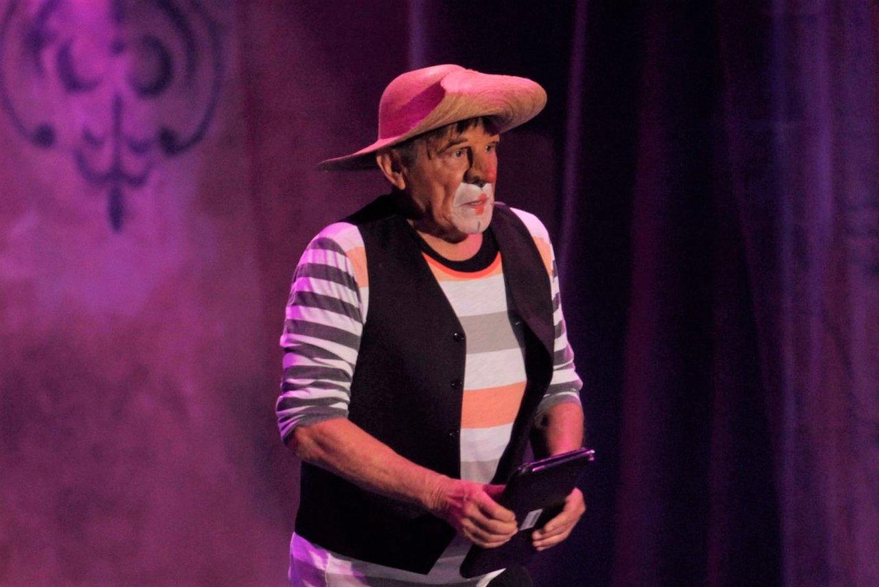 Fallece el actor y comediante mexicano Héctor Suárez