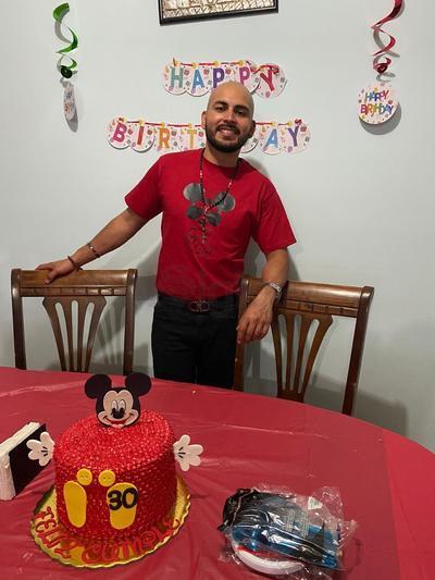 Hugo Iván Martínez Cardiel en su festejo.