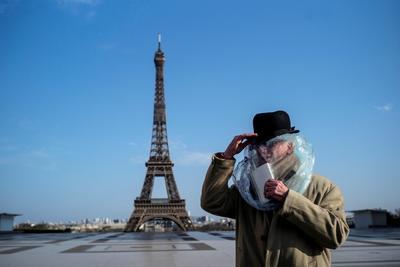 El sector turístico de Francia ya está reactivándose tras la cuarentena, pero la torre de hierro de 324 metros (1.0533 pies) de altura no recibirá de inmediato a los visitantes de la forma en que lo hacía antes de que iniciaran las medidas de confinamiento en marzo.