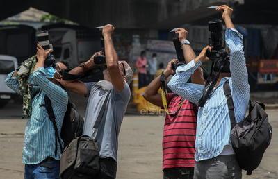 Observan eclipse solar 'Anillo de fuego' en África y Asia